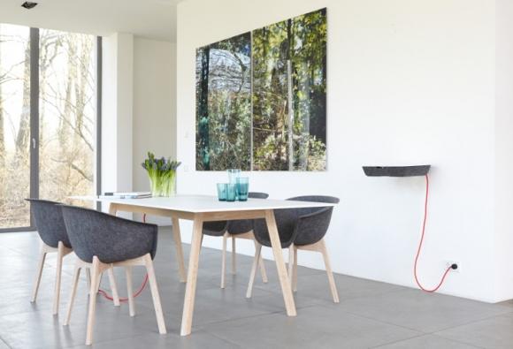 stolik na ipada; stolik do przechowywania; meble dla nastolatka
